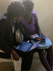 Radar Kenyan trainees comparing notes on news